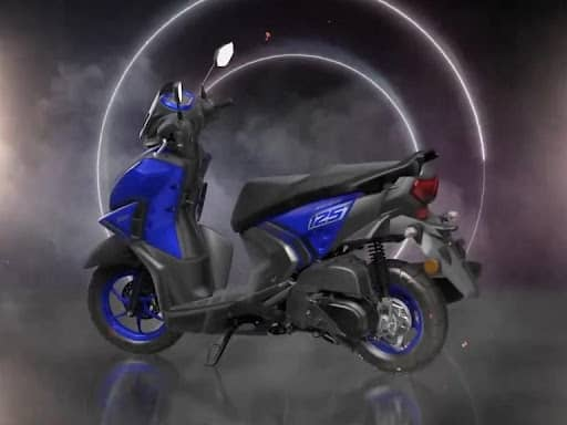 Yamaha RayZR 125 Fi Hybrid range launched in India from Rs 76,830 onwards