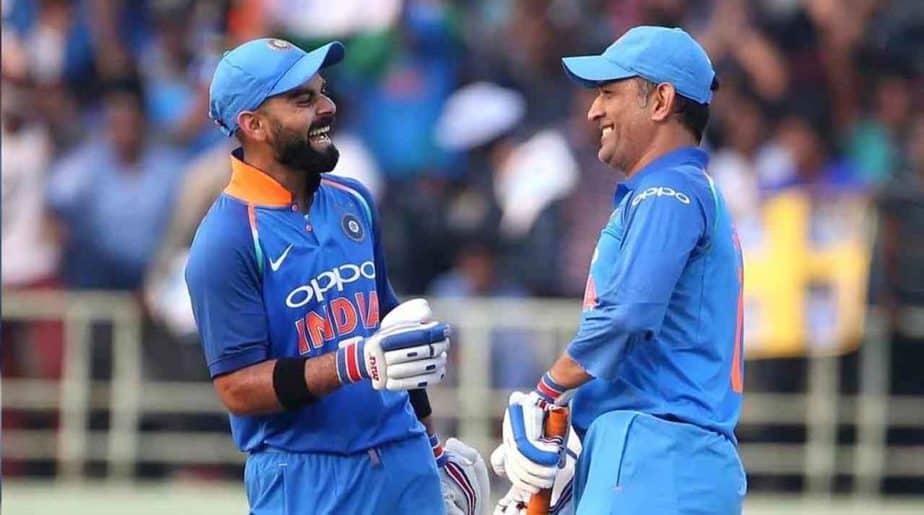 Dhoni and Kohli-Updatenews360